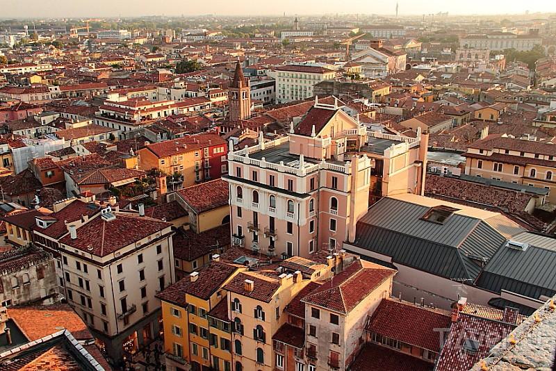 О Вероне с хорошими воспоминаниями / Фото из Италии