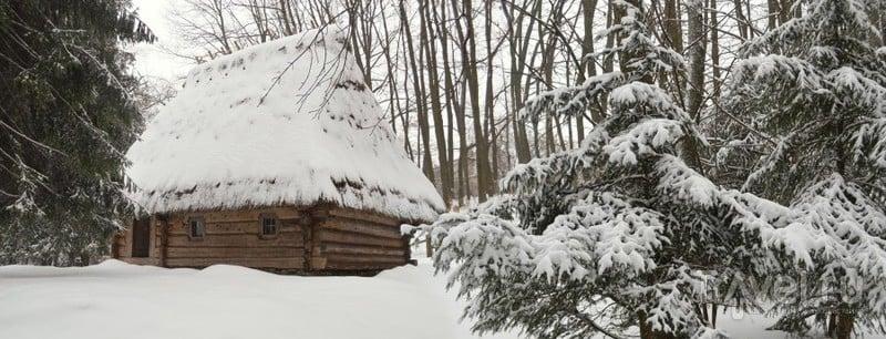 """Рождественские открытки: украинские """"хатки"""" зимой / Украина"""