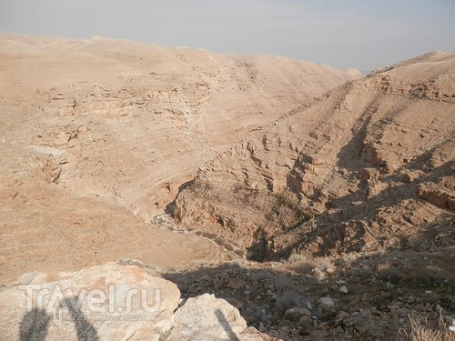 Через иудейскую пустыню и православные монастыри к Мертвому морю / Израиль
