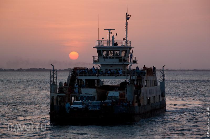 Сенегал и Гамбия. Пересечение границы и переправа через реку Гамбия / Фото из Гамбии