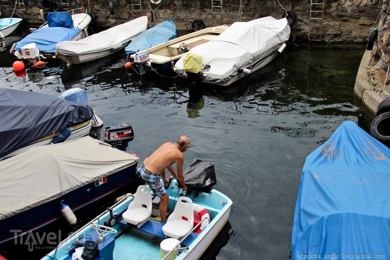 Прогулка по набережной Варенны и транспорт по озеру Комо / Италия