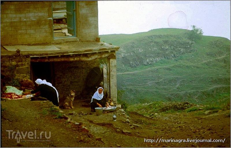 Путешествия по СССР. Дагестанский аул Кубачи: вверх на автобусе, вниз - на  самокате / Россия