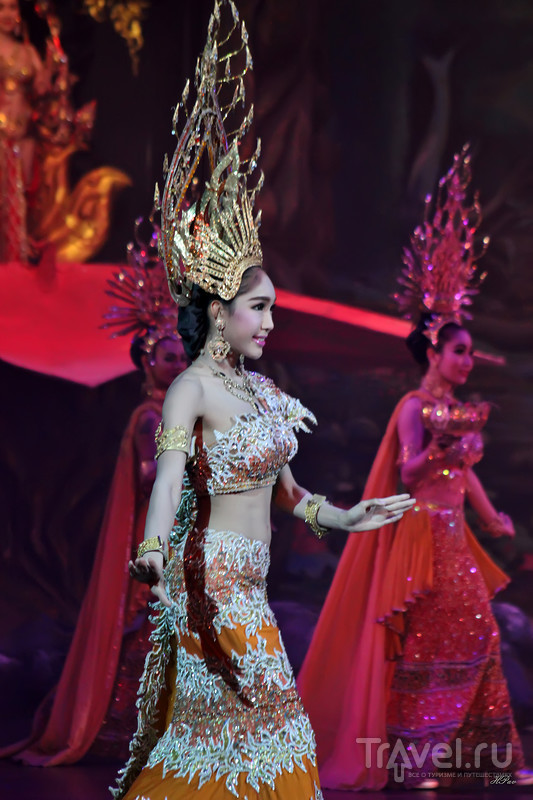 """Шоу трансвеститов """"Альказар"""" (Alcazar) в Паттайе / Таиланд"""
