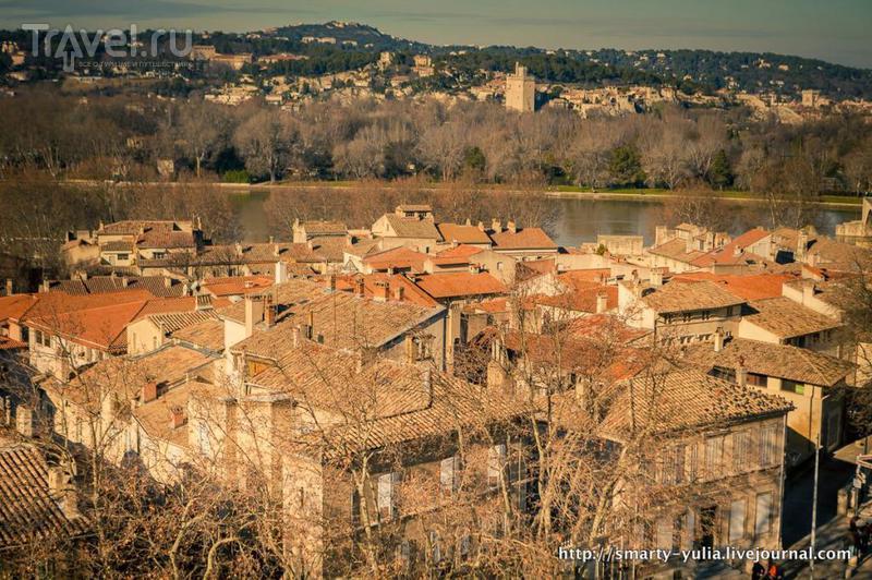 Величественный город-крепость Авиньон / Фото из Франции
