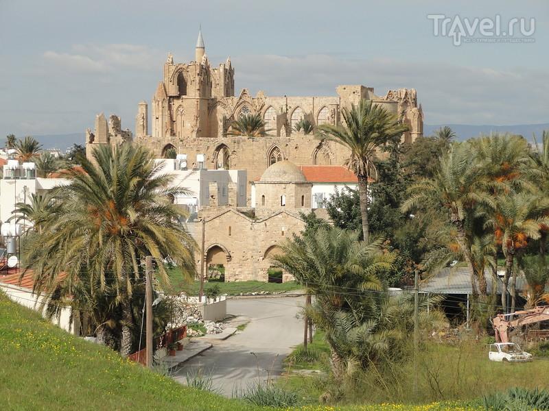Старинный город Фамагуста. Как выглядит изнутри мечеть? Экскурсия в кипрский университет / Кипр