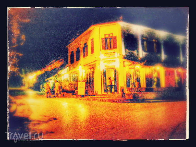 Лаос. Ночной рынок Луанг Прабанга / Лаос