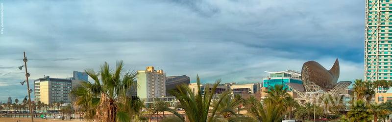 Панорамы Барселонеты - день и вечер на берегу / Испания