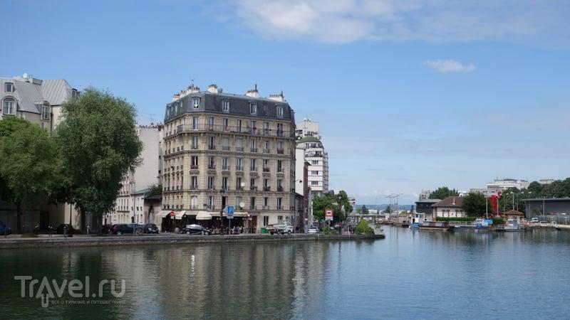 Париж на велосипеде: канал Сен-Мартен, парки Ла-Виллет и Бют-Шомон / Франция