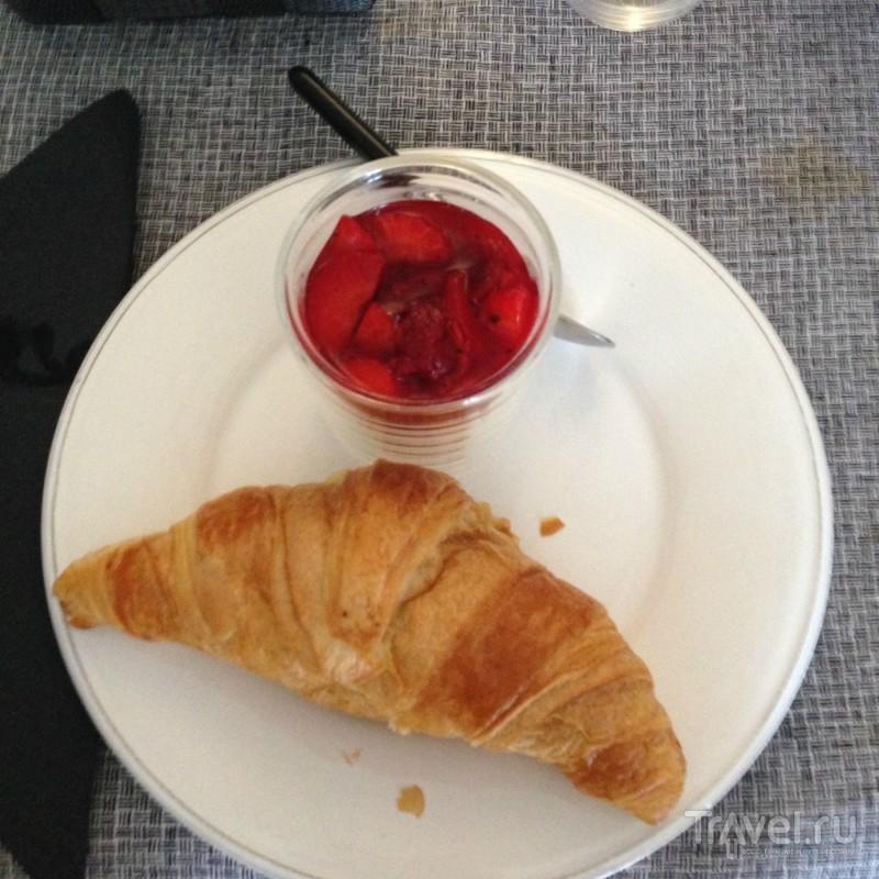Очень маленький французский отель / Франция