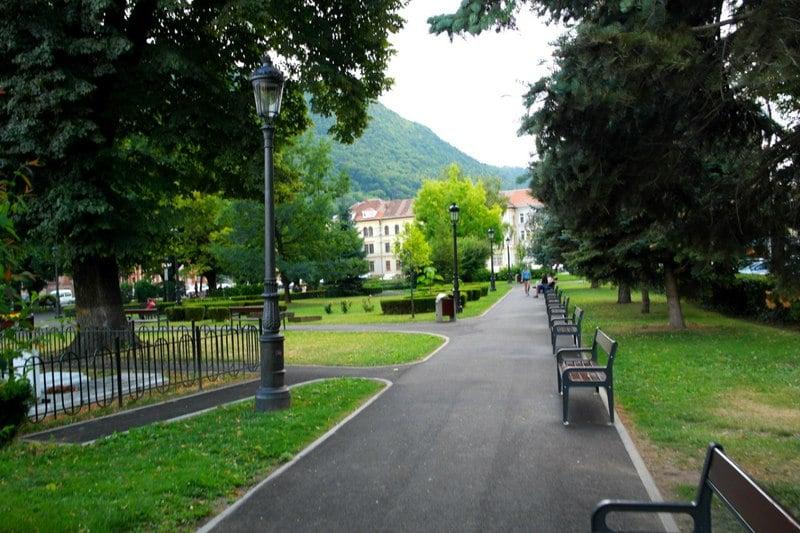 Брашов, Румыния - Прогулка из административного центра к историческому / Румыния