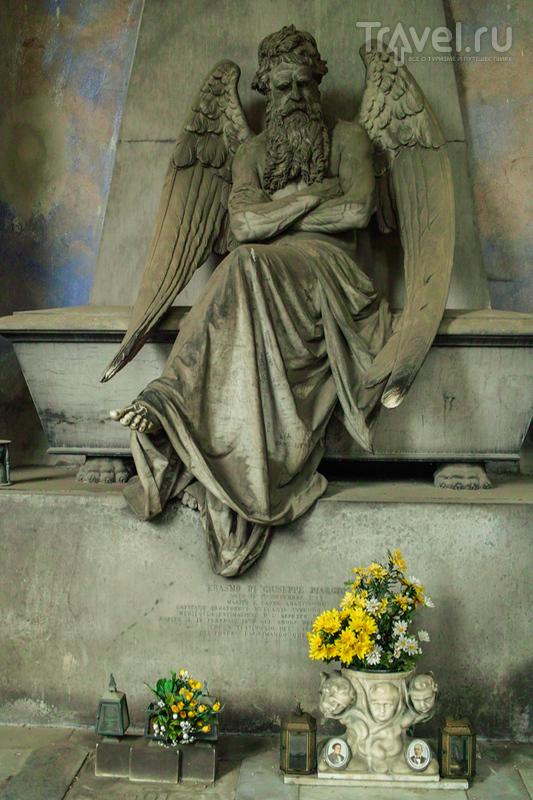 Смерть в красивом обличии. Кладбище Staglieno / Италия