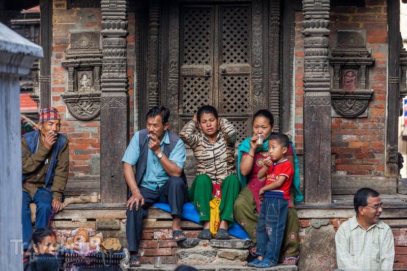 Неизвестные Гималаи. В поисках охотников за медом диких пчёл. Катманду. Площадь Дурбар / Фото из Непала