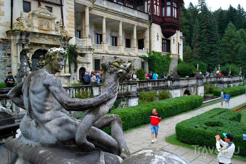 Синая, Румыния - Замок Пелеш и его территория / Румыния