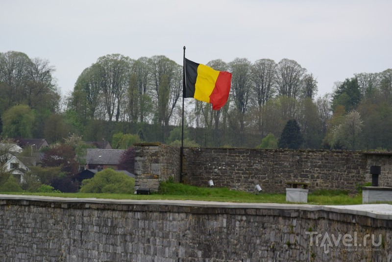 Динан пах сиренью и дымом / Бельгия