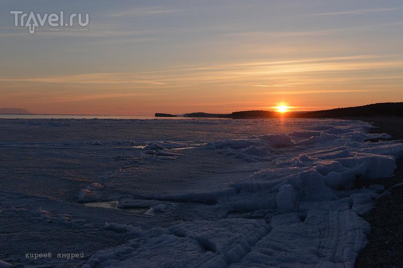 Ледоход на Байкале / Фото из России