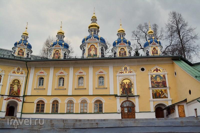 Псково-Печерский монастырь / Россия