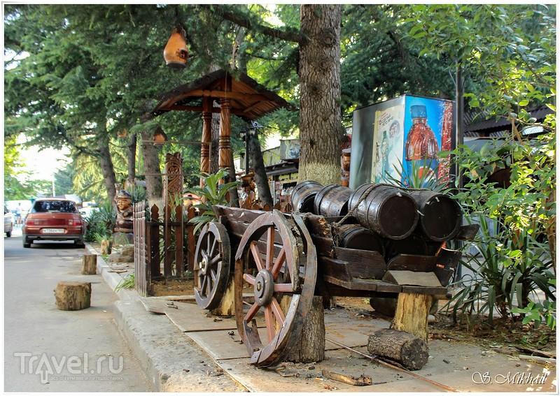 Лазаревское, прогулка по поселку / Фото из России