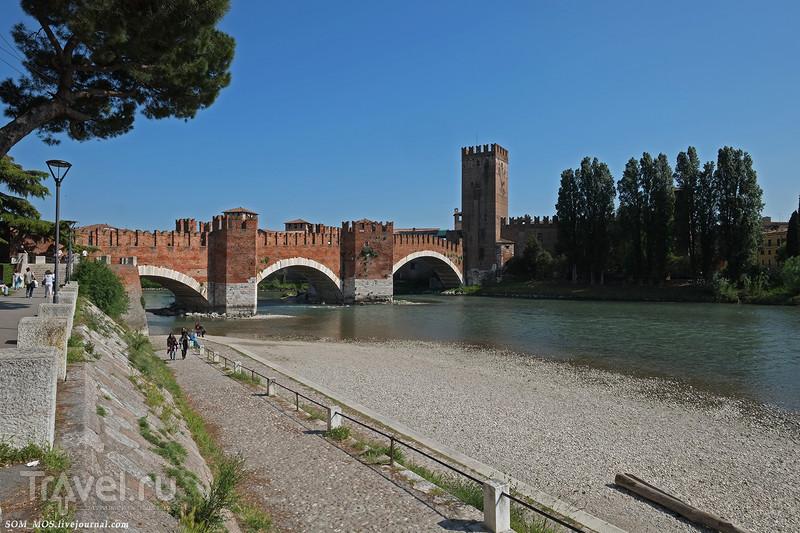 Верона, направляемся к крепости / Италия