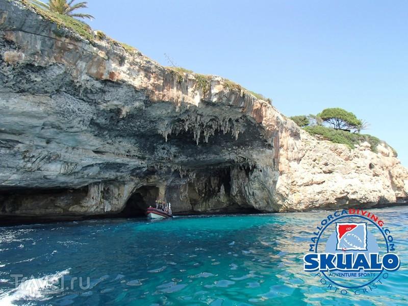 Балеарские острова: морские пещеры Майорки времён раннего палеолита / Испания
