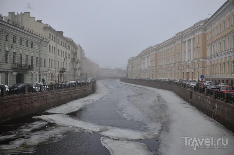 Санкт-Петербург, при неверном свете / Россия