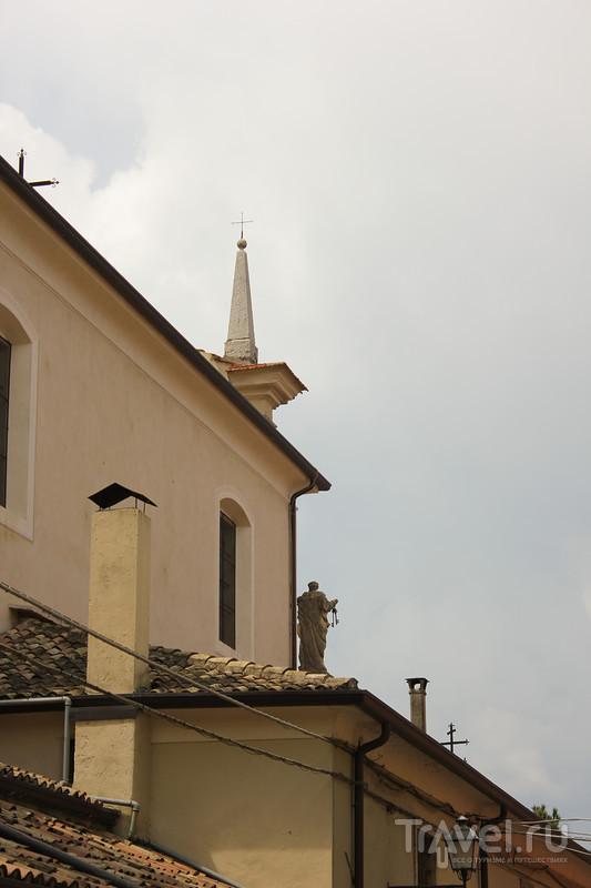 Италия: Торри-дель-Бенако (Torri del Benaco) / Италия