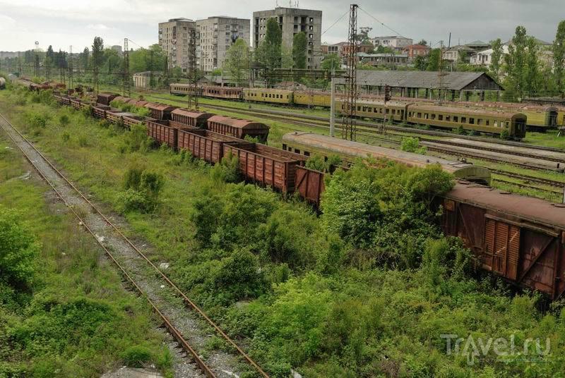 На подъездах к центральному вокзалу в Сухуме / Россия