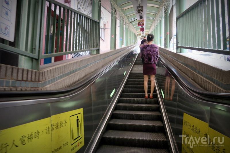 Гонконг в 3D: лестницы, террасы, трамвай / Фото из Китая