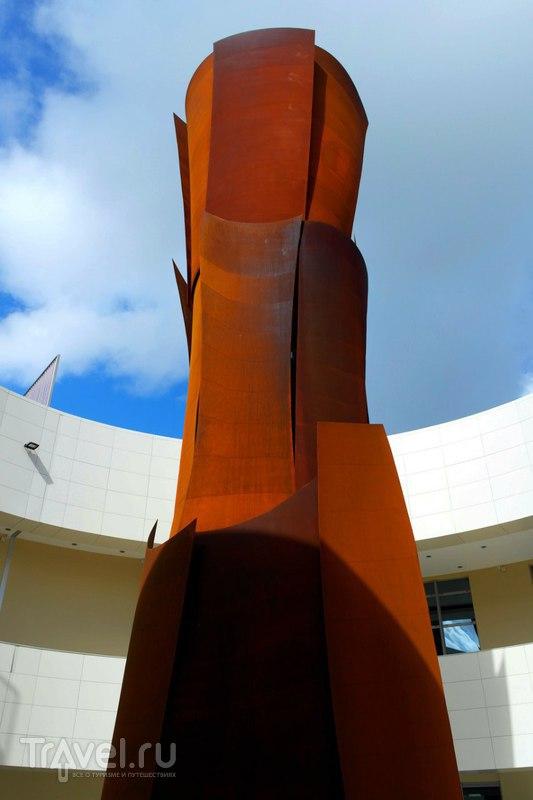 Пуэнт-а-Питр, Гваделупа - Мемориал памяти незаконной торговли рабами / Французская Гваделупа