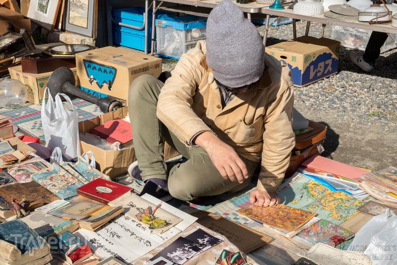 Японская барахолка: Люди и товары / Япония