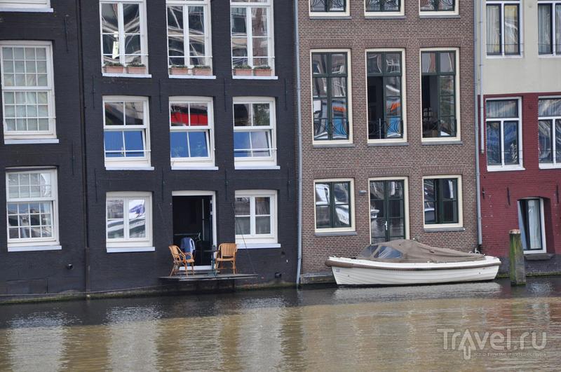 О Голландии, Площади Дам, Новой Церкви и таинствах деревянной резьбы / Фото из Нидерландов