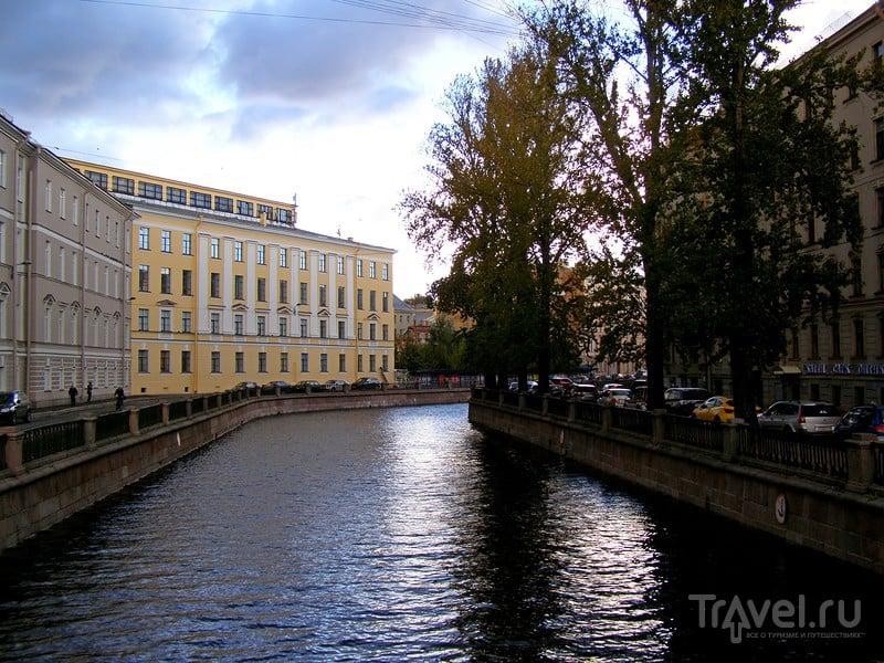 Санкт-Петербург. Канал Грибоедова. Центровые и периферийные / Россия