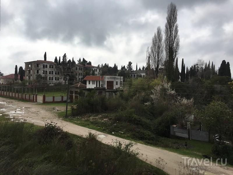 Сочи и Абхазия перед началом сезона в марте 2016 года / Россия