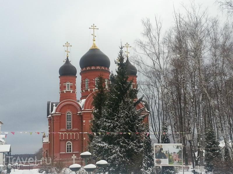 Крестовоздвиженский монастырь. Домодедово / Россия