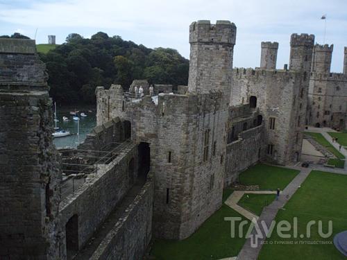 Замок Карнарвон - суровое очарование Уэльса / Великобритания