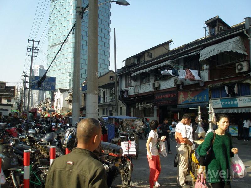 Шанхай - город контрастов / Фото из Китая