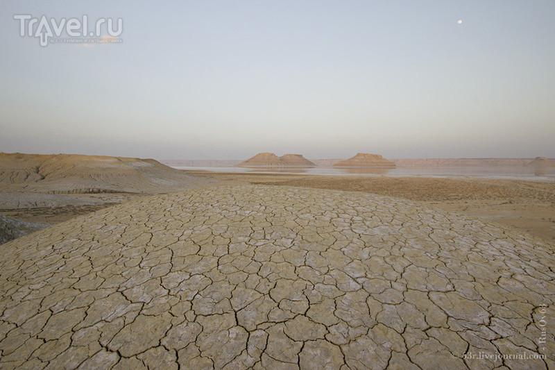 Планета Карын-Жарык на плато Устюрт / Казахстан