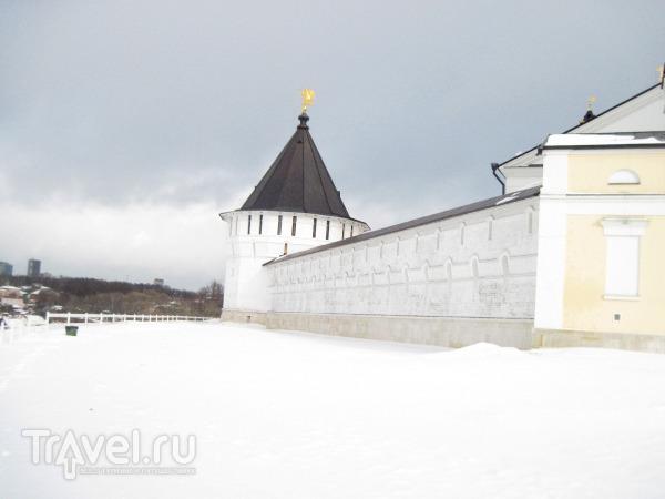 Город Серпухов. Высоцкий монастырь / Россия