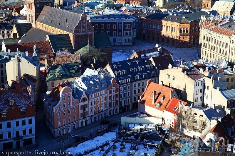 В узких улочках Риги... / Фото из Латвии