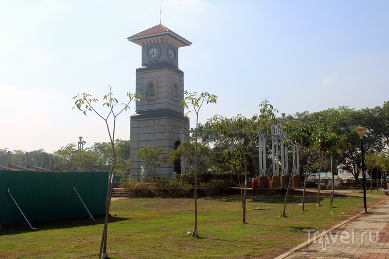 Борнео: остров Лабуан и парк птиц / Фото из Малайзии
