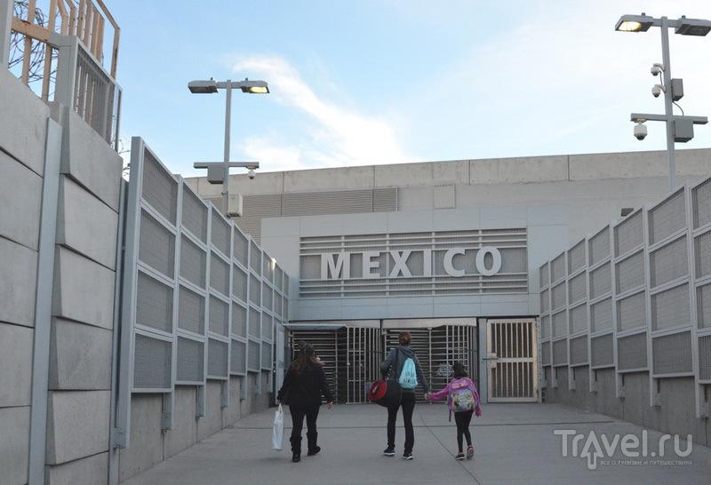 Граница США - Мексика / Фото из Мексики