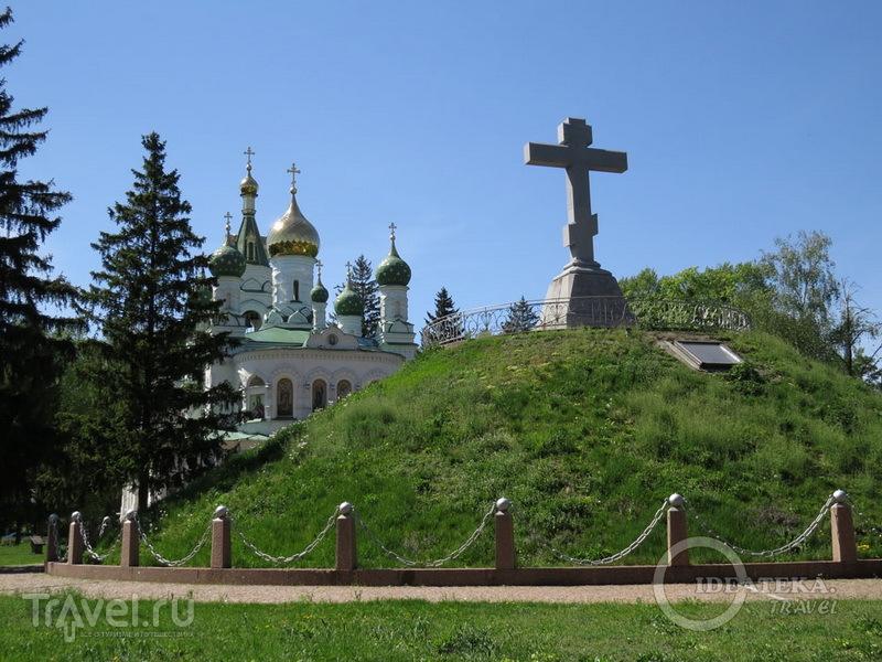 Братская могила на поле Полтавской битвы / Фото с Украины