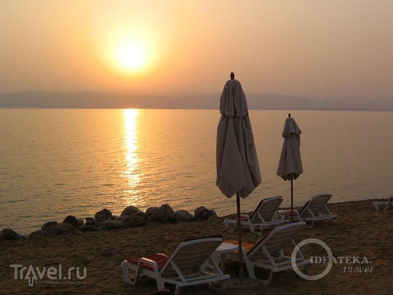 Закат на Мертвом море / Фото из Иордании