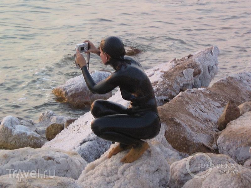 Туристка на Мертвом море / Фото из Иордании