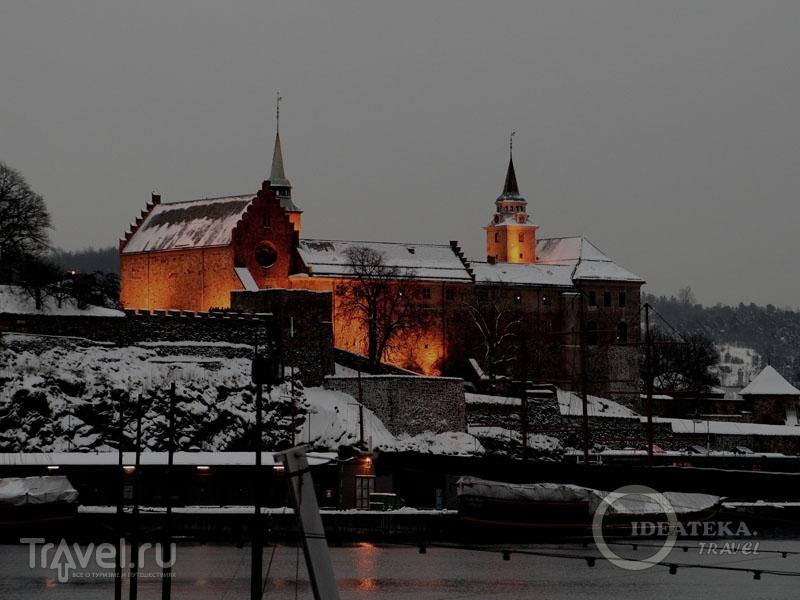 Вид на крепость Акерсхус, Осло / Фото из Норвегии