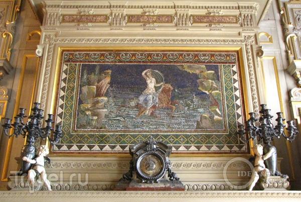 Древнеримская мозаика в замке Шантийи / Фото из Франции