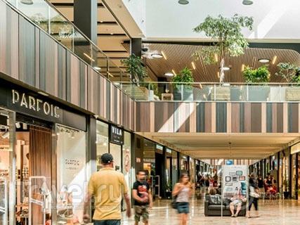 Торговый центр Gran Jonquera Outlet & Shopping в Каталонии / Испания