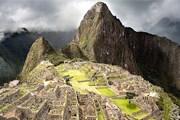 Комплекс Мачу-Пикчу - главная туристическая достопримечательность Перу. // c-man.photosight.ru