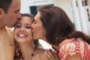 Поцелуй может быть любым. // GettyImages
