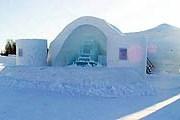 Ледяной отель, вид снаружи // alpeniglu.com
