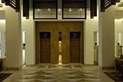 Холл отеля Serena в Кабуле. // motelsellers.com
